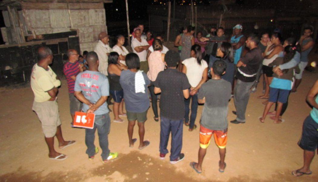 Programa Diálogos Comunitários participa de reunião realizada pela Promotoria de Defesa de Direitos Humanos e Apoio Comunitário de Belo Horizonte com representantes da Ocupação Candeeiros
